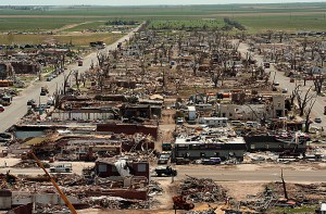 2012-massive-tornado-damage