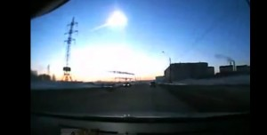 crazy-meteorite-in-russia-dashcam-new-never-seen-photo